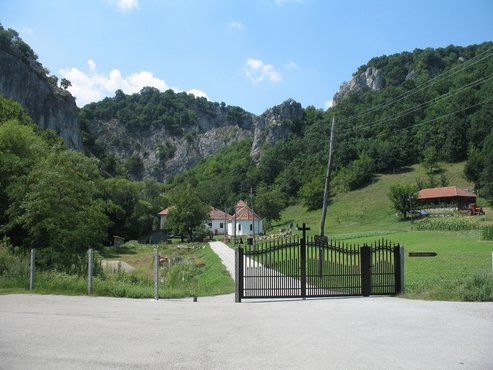 manastir-vratna